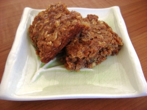 Chewy Oatmeal Bar Cookies